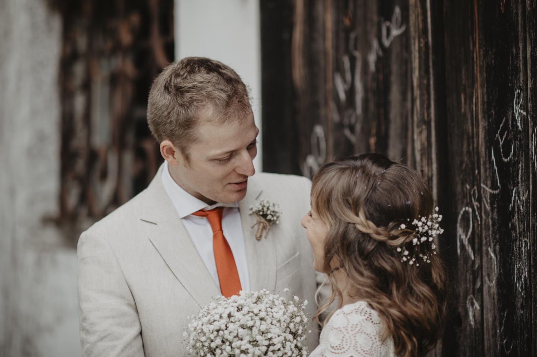 Costume l'Atelier 5 pour le marié.