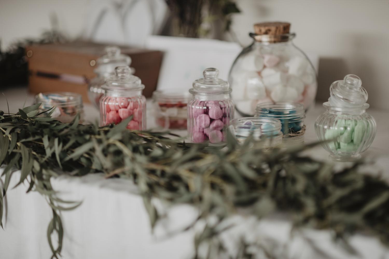 Candy bar, bar à bonbons pour mariage vintage.