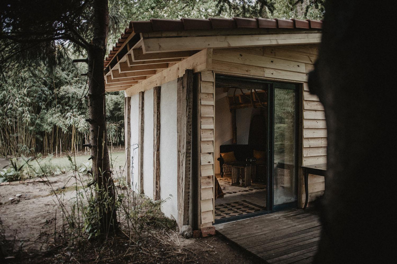 Préparatifs de mariage au Coco Barn wood Lodge à Angresse, mariage dans les Landes, 40.