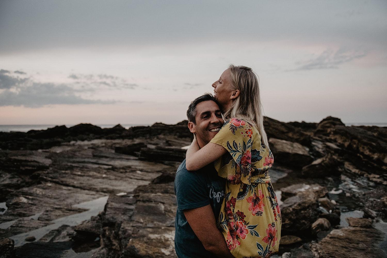séance couple sur la plage au Pays Basque