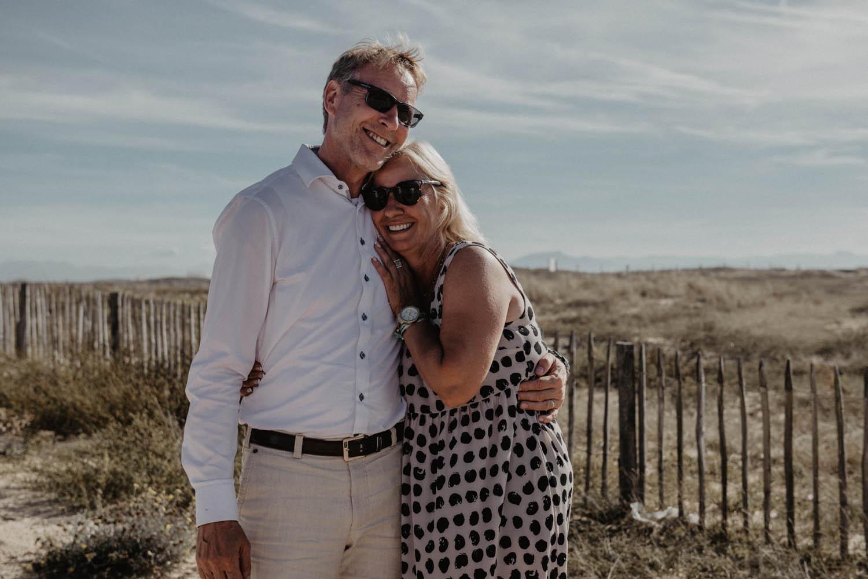 Séance photo couple mariage sur la plage. Photographe professionnel Pau, Aquitaine.