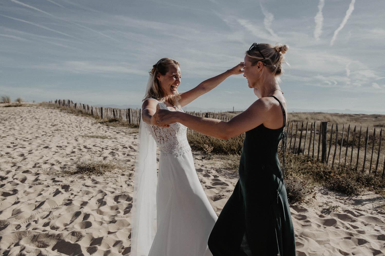 Séance photo couple et groupe mariage sur la plage. Photographe professionnel Pau, Hossegor, Capbreton. Aquitaine., 64, 40