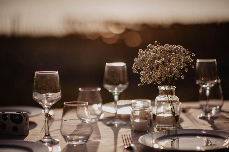 Soirée mariage vue sur la mer. Photographe lifestyle, reportage spontané et moderne, photos prises sur le vif sans poser. Photographe Pau, Hossegor, Biarritz, Aquitaine, Pays Basque.