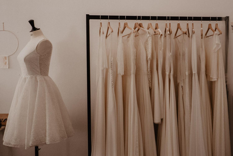 Robe de mariage créateur. Photographe mariage Pau, Biarritz, Hossegor.