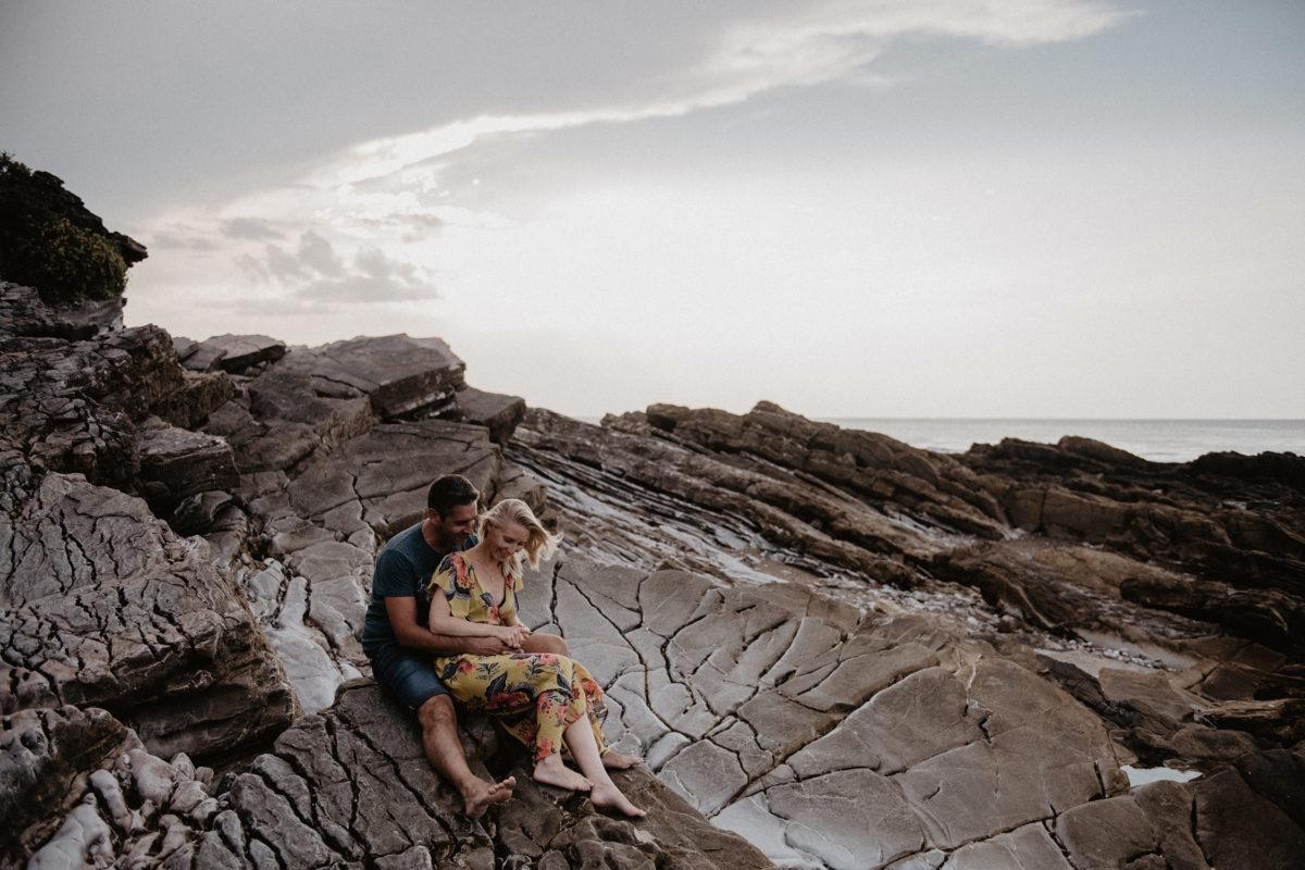 seance engagement plage océan mariage biarritz
