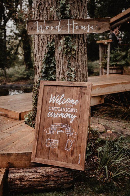 Coco Barn Wood Lodge mariage bohème, bois brut, inspiration déco jour J