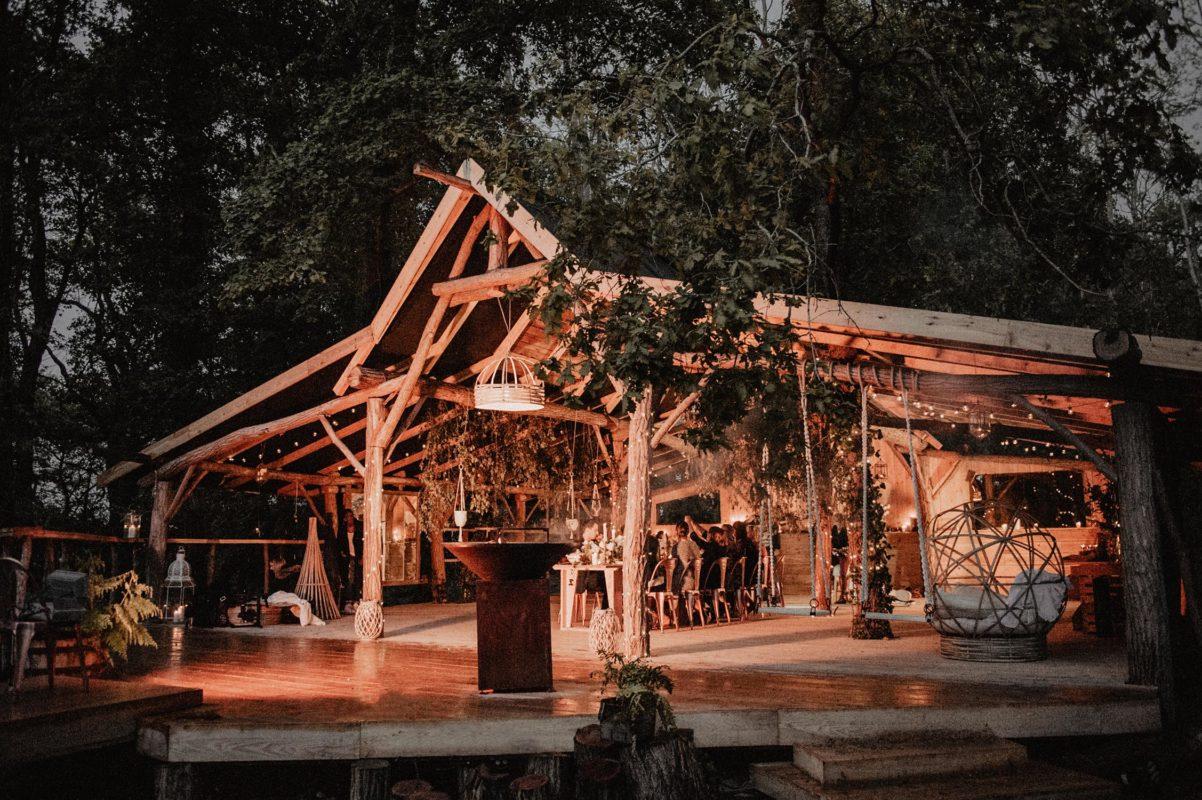 coco barn mariage dans la wood house, soirée inspiration folk et nature, photographe Béarn, Aquitaine