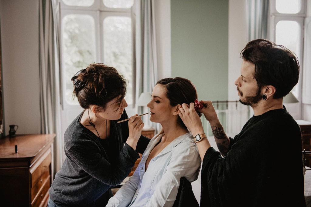 Maquillage et coiffure, mise en beauté de la mariée, Salle de réception atypique, Domaine de Lucain, 64, Pau, Aquitaine