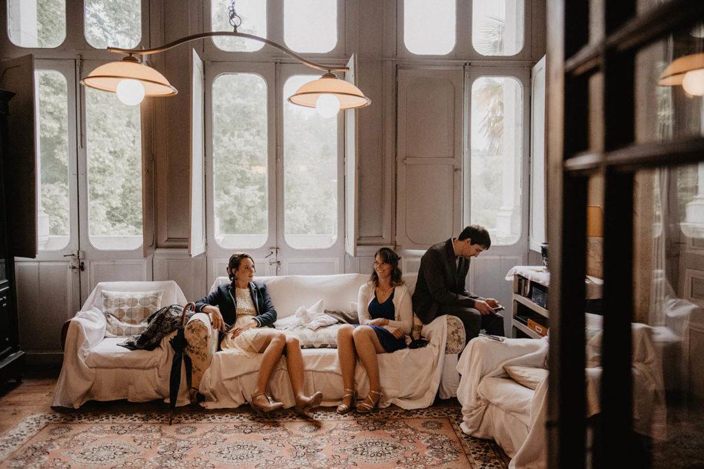 Préparatifs de mariage, Cérémonie laïque dans une Salle de réception atypique, verrière ancienne, mariage sous la pluie, Domaine de Lucain, 64, Pau, Aquitaine