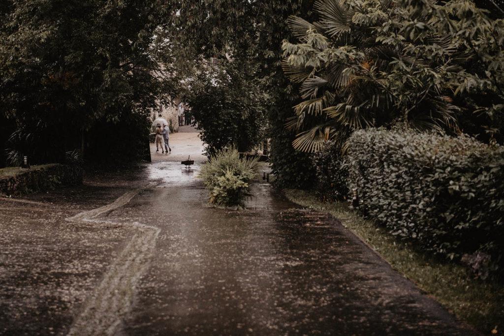 Mariage sous la pluie au Domaine ed Lucain près de Pau, 64