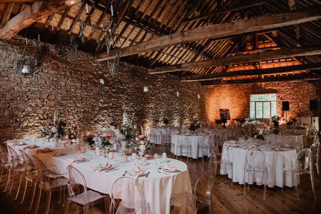 Salle de réception, bâtisse ancienne, Domaine de Lucain à Haut de Gan