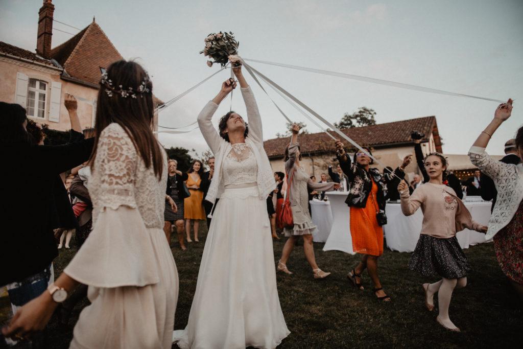 mariage chateau Monbet jeu bouquet