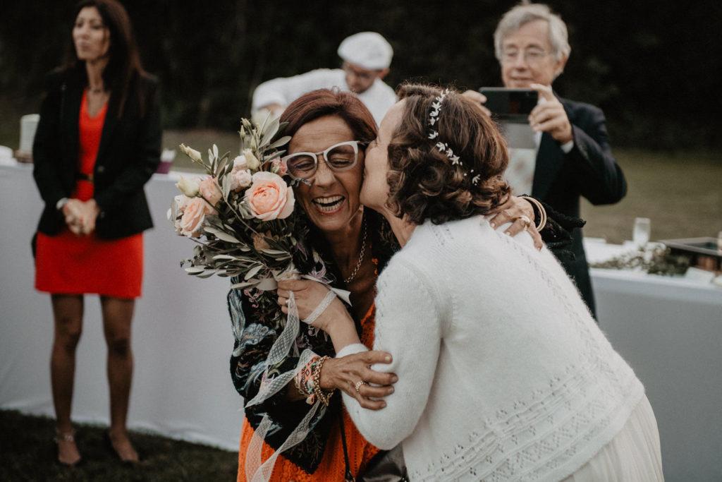 mariage château Monbet bouquet mariée