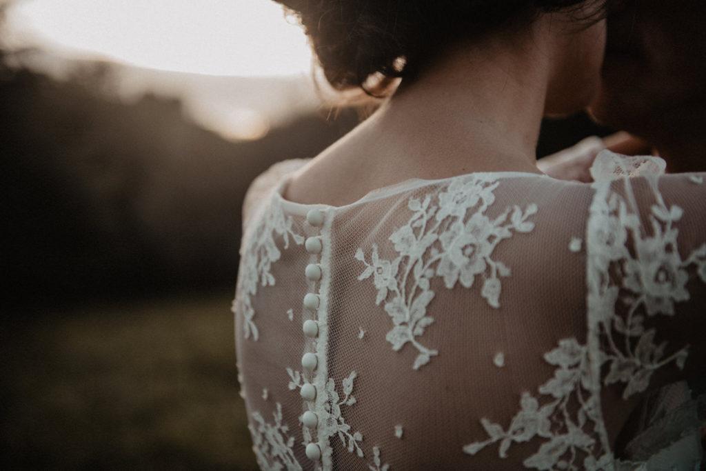 mariage chateau Monbet robe mariée boutons